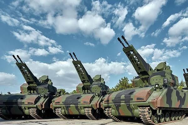 Aselsan, TSK'ya 13 yerli silah daha teslim etti