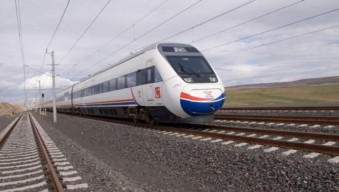 Bakan Varank: Şimdi sıra milli Yüksek Hızlı Tren'de