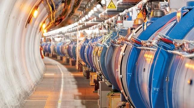 CERN'in boru hatlarına yerli körük