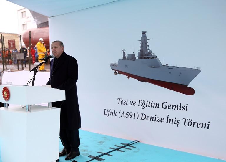 """Türkiye'nin İlk Milli İstihbarat Gemisi """"TCG Ufuk"""" Denize İndirildi"""
