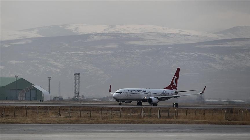 Uçaklar pisti, turistler Palandöken'i 'pas' geçmeyecek